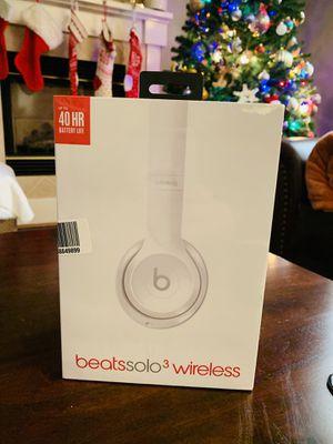 NEW-Sealed Box! beatssolo3 wireless headphones for Sale in Fullerton, CA