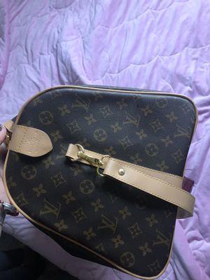 louis vuitton duffle bag for Sale in Newark, CA