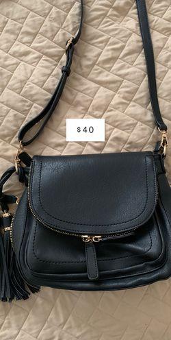 Messenger bag for Sale in Jeannette,  PA