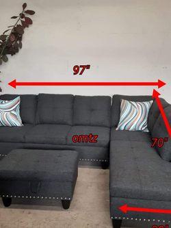 Sofa secsional disponible for Sale in Los Angeles,  CA