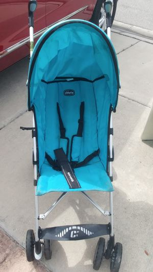 Chico folding stroller for Sale in New Port Richey, FL