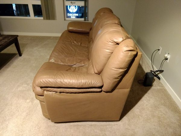 Convertible couch/sofa