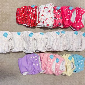 18 Charlie Banana Cloth Diapers In Excellent Condition for Sale in Brentwood, CA
