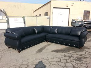 NEW 9X9FT BLACK LEATHER SECTIONAL COUCHES for Sale in Victorville, CA