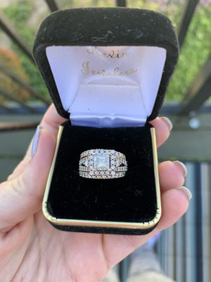 14k Rose Gold wedding ring set for Sale in Fullerton, CA