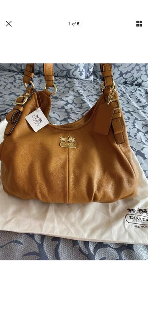 Coach Madison Maggie bag for Sale in Aliso Viejo, CA