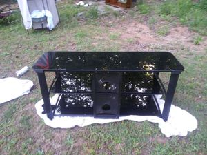 Black mirrored entertainment center for Sale in Morganton, NC