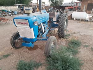 Ford diesel tractor for Sale in Fontana, CA