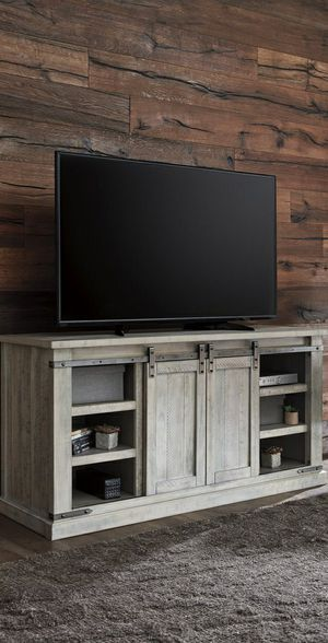 🆕️ Best OFFER 🍻🍾 Carynhurst Whitewash Large TV Stand | W755-48 439 for Sale in Jessup, MD