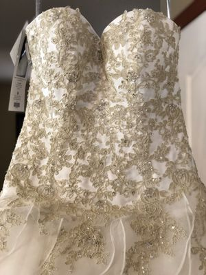 Wedding dress Alfred Angelo for Sale in Land O Lakes, FL