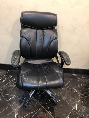 Office Chair - Executive for Sale in Newport Beach, CA