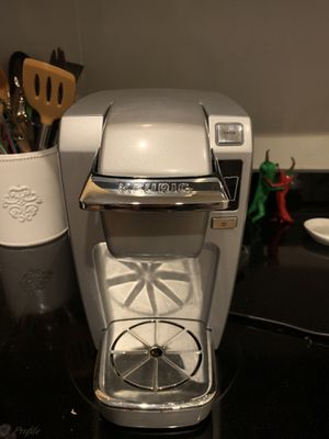Basically new Single cup keurig for Sale in Washington, DC