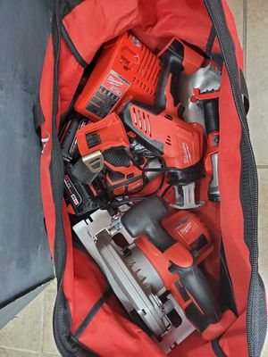 Milwaukee 5 piece kit like new with 2 batteries and charger in big bag 350$!!! for Sale in Fort Worth, TX