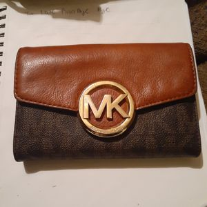 Michael Kors Wallet for Sale in Orting, WA