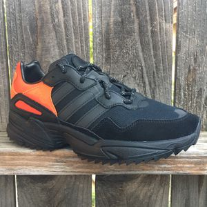 Adidas Yung 96 Trail Walking shoes 7 Men or Boys for Sale in Riverside, CA