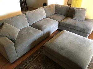 Sectional sofas with ottoman for Sale in Victorville, CA