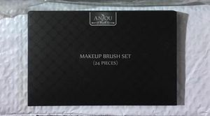 New 24 piece makeup brush set for Sale in Salem, SD