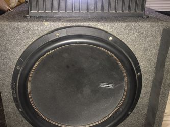 """15"""" M6 Memphis In A Ported Box With Rockford Fosgate Old School Bass Amp for Sale in Humble,  TX"""
