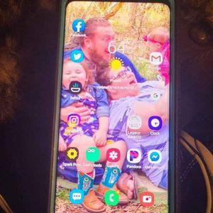 Samsung Galaxy S 9 Plus for Sale in Hutchinson, KS
