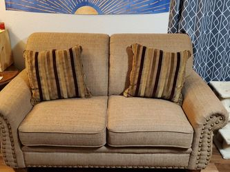 Loveseat W/ Pillows for Sale in Houston,  TX