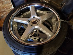 20s staggered bolt pattern 5x520 bmw,camaro,Lexus for Sale in Dinuba, CA