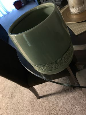 Glass bathroom trash can for Sale in Maple Shade Township, NJ
