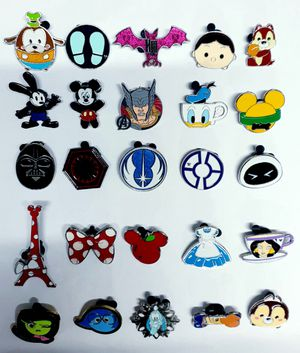 20 Disney trading pins lot set.Tradeable at all disney parks. for Sale in Los Angeles, CA