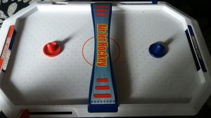 Mini Air hockey table for Sale in Affton, MO