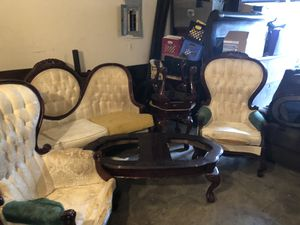 Antique furniture needs to be Reupholstery for living room and sit for Sale in Houston, TX
