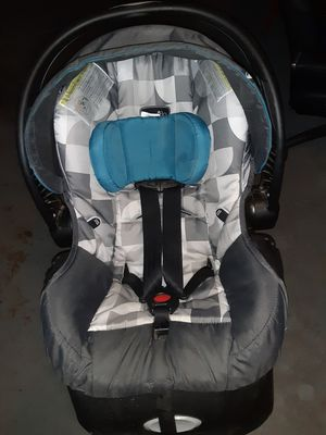 Car seat ,portabebe for Sale in Glendale, AZ