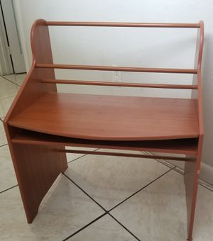 Light wood desk and book holder for kids for Sale in Miami, FL