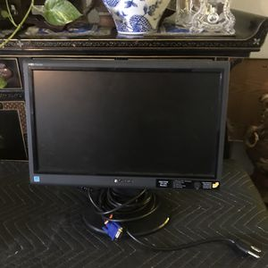 Gateway Monitor 15x10 for Sale in Fontana, CA