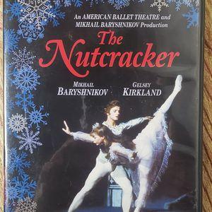 The Nutcracker Classic Ballet Mikael Baroshnikov for Sale in Long Beach, CA