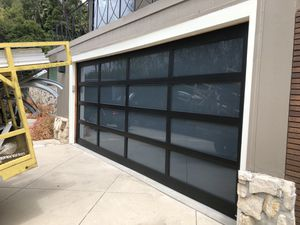Full view & white laminate glass for Sale in San Bernardino, CA