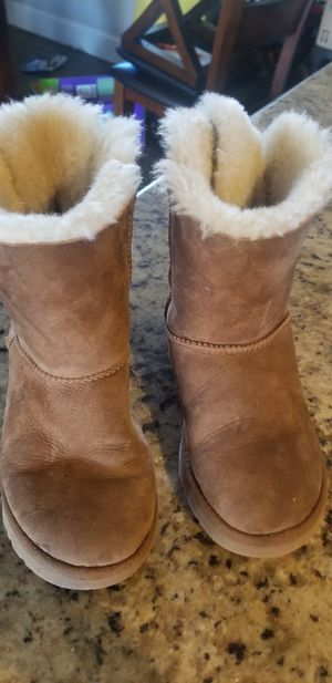 UGGS BOOTS..SIZE 22 $20 for Sale in Phoenix, AZ