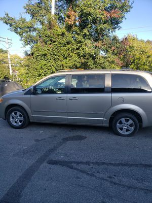 2008 Dodge Grand Caravan for Sale in Glenarden, MD