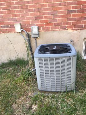 Used AC units. {contact info removed}. for Sale in Fairfax, VA