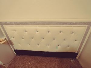 Queen sparkly bed frame for Sale in Vancouver, WA