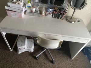 IKEA MICKE Desk for Sale in Delano, CA