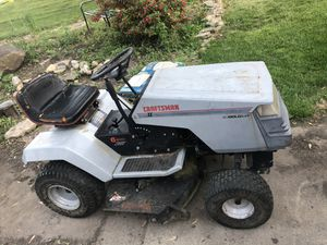 Craftsman Riding Lawn Mower for Sale in West Chicago, IL