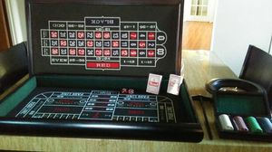 Casino games set. Wood case. Sealed chips and cards. for Sale in St. Louis, MO