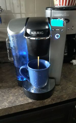 Keurig coffee maker for Sale in Camden, NJ