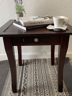 Wooden Side Table for Sale in Miami,  FL
