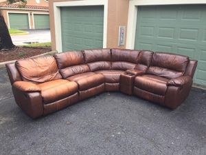 RECLINING SECTIONAL SOFA - LEATHER - DELIVERY FREE for Sale in Coconut Creek, FL