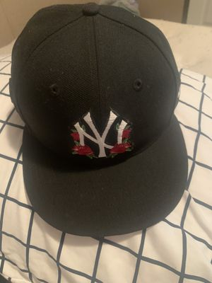 Personalized Yankee Rose fitted pink Brim for Sale in San Antonio, TX