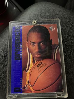 Kobe Bryant Rookie Card Original ( NOT ) a reprint Excellent condition for Sale in Los Angeles, CA