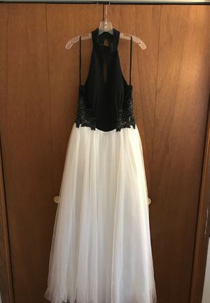Black N White Ball Gown Dress for Sale in Oakbrook Terrace, IL