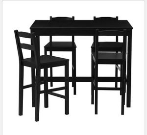 Black table Normal wear for Sale in Hyattsville, MD