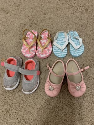 Toddler girl shoes size 3-5 for Sale in Palm Beach Gardens, FL
