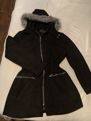 Black Woman's hoodie long Parka winter coat with fur for Sale in Las Vegas, NV